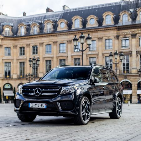 Rent a luxury SUV ParisLuxuryCar