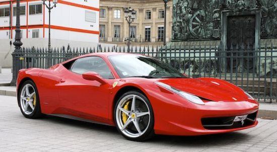 location ferrari 458 italia louer une ferrari 458 italia location de voitures de luxe. Black Bedroom Furniture Sets. Home Design Ideas